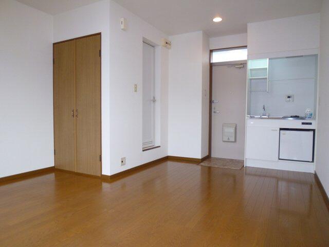 物件番号: 1075915781 ハイツくれしま  京都市左京区田中南西浦町 1R アパート 画像1