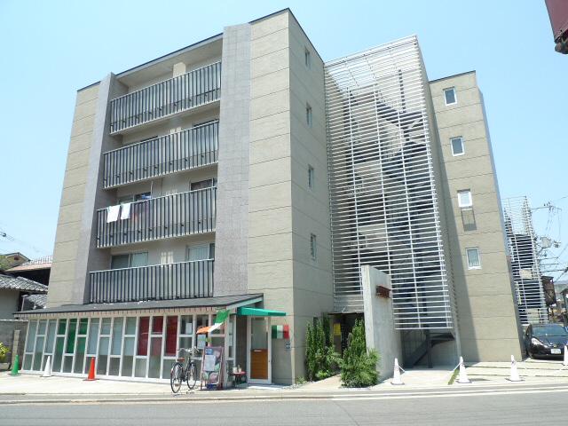 物件番号: 1075913704 ザクセル 京都市左京区吉田中阿達町 2K マンション 外観写真